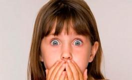 چرا انسان در زمانی كه از پديدهای شگفت زده میشود جلوی دهانش را میگيرد؟