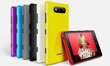 برادر کوچک Lumia 920 معرفی شد، Lumia 820