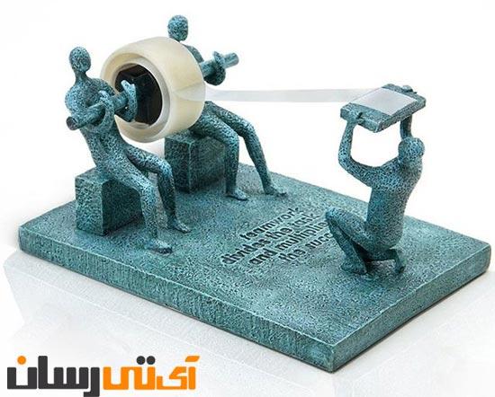 http://itresan.com/wp-content/uploads/2012/10/Teamwork-Tape-Dispenser.jpg