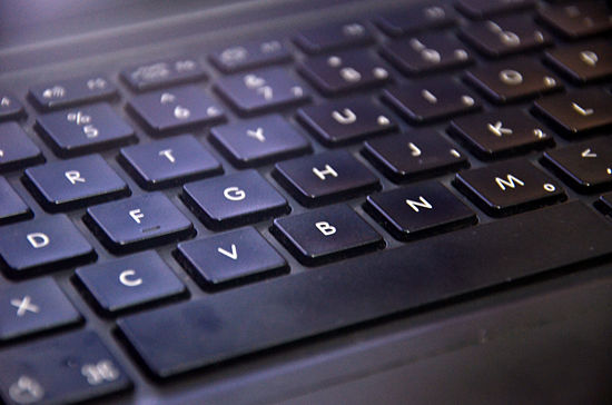 550px-Clean-a-Laptop-Keyboard-Step-5
