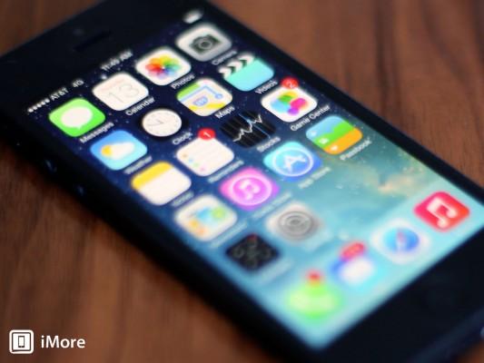 ios_7_iphone_homescreen