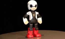 روبات سخنگوی ژاپنی به فضا میرود!
