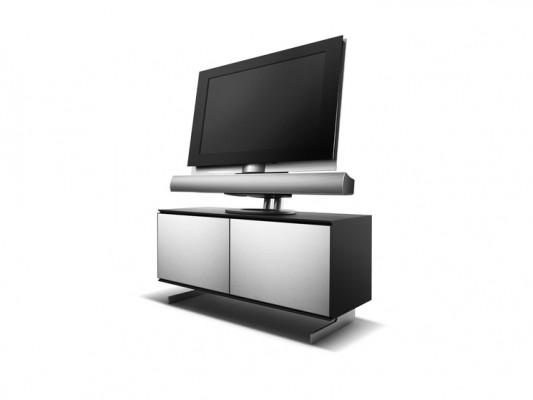 LCD-TV-Bang-Olufsen-Beovision-7-40-745x559-c16729cfbf026737