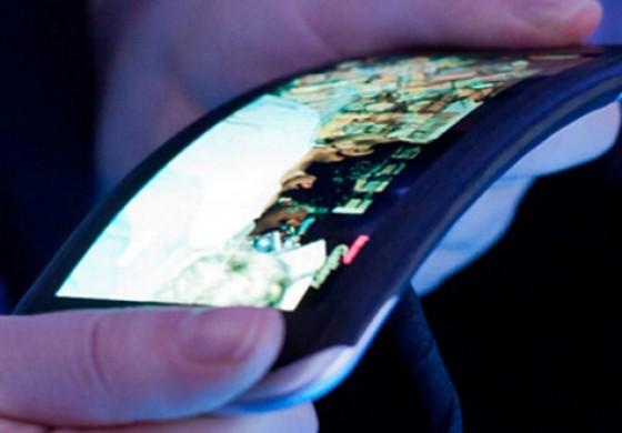 پرچمدار صفحه خمیده الجی با نام LG G Flex در ماه آینده، معرفی خواهد شد!