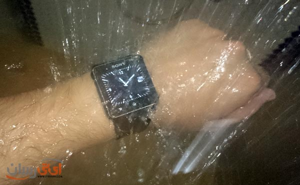 smartwatch-2-in-shower
