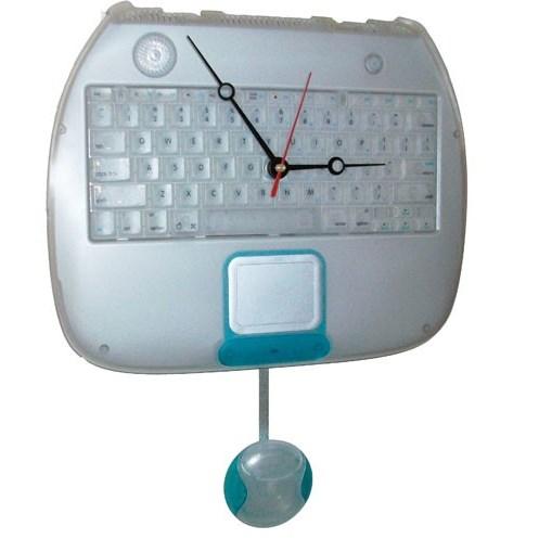 apple-ibook-blueberry-clamshell-laptop-keyboard-clock