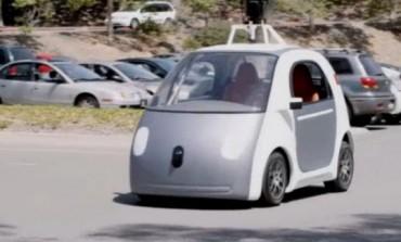 یک خودروی بدون راننده از گوگل که حتی فرمان و البته خیلی چیزهای دیگر هم ندارد!
