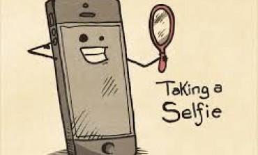 چگونه یک عکس خوب (عکس سِلفی) از خودمان بگیریم؟ (به همراه لینک دانلود)