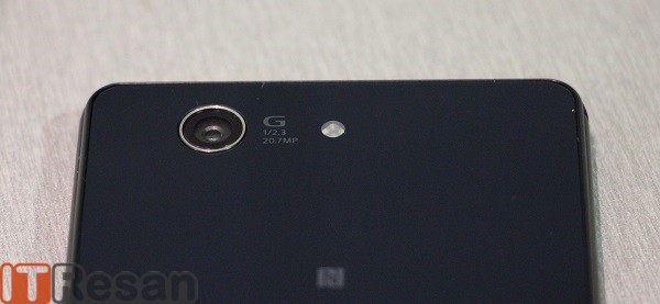Xperia Z3 Compact Review (33)