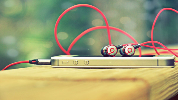 Headphone-Beats-Smartphone