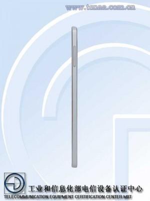 Samsung Galaxy A7 SM A7009 2 300x400 با گلکسی A7 باریکترین اسمارت فون سامسونگ آشنا شوید