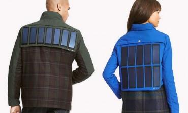 با این ژاکتها باتری تلفن هوشمندتان را با انرژی خورشید شارژ خواهید کرد!