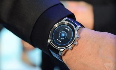 الجی G Watch R2 بر روی دست مدیران آئودی دیده شد!