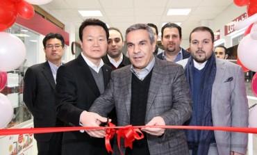 فروشگاه تخصصی الجی موبایل در صادقیه تهران افتتاح شد