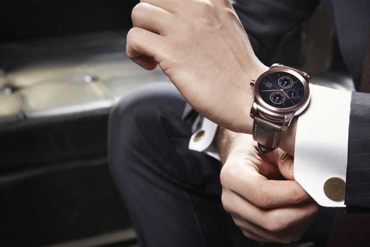 کلاسیک اما هوشمند، تصاویر رسمی الجی Watch Urbane را مشاهده کنید!