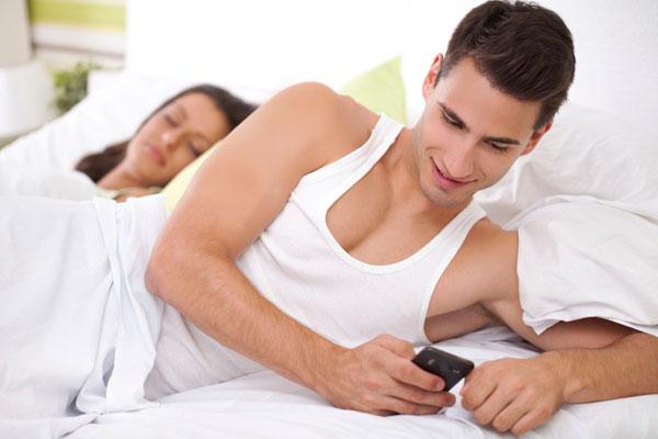 cellphones-cheating-art