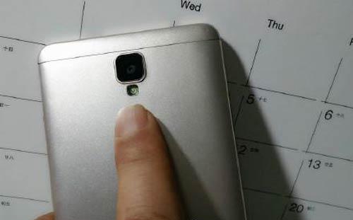 New-Huawei-Mate7-Compact-leaks
