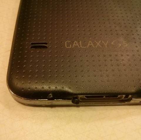 Samsung-Galaxy-S5-catches-on-fire (3)