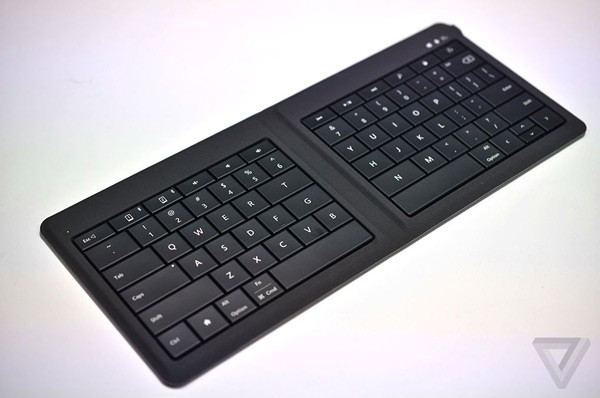 microsoftfoldablekeyboard4_1020