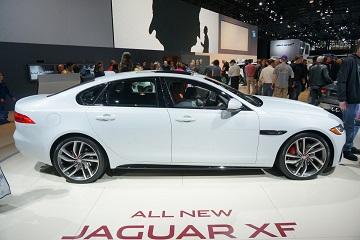387005-jaguar-xf