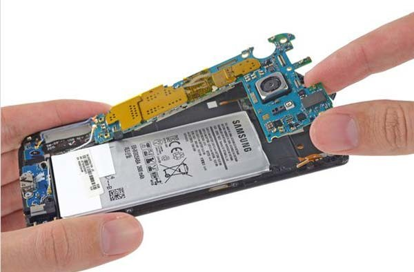Galaxy-S6-Edge-Teardown-7