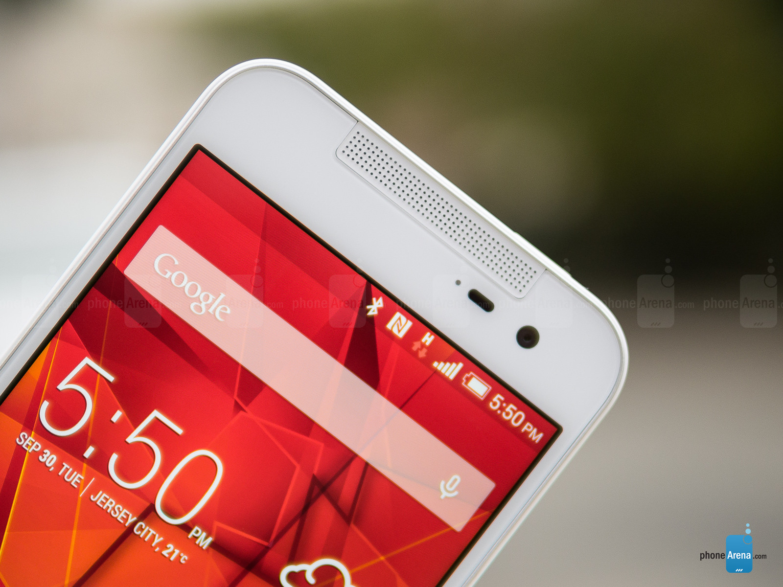 HTC-Butterfly-2-Review-002