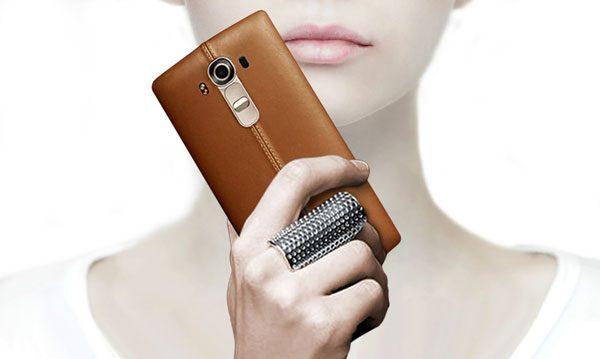LG G4 2 600x359 کدام گوشیها بدنه چرمی دارند؟