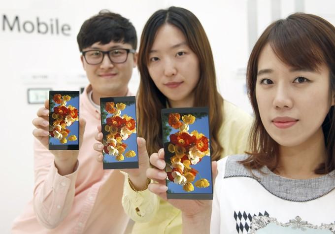 LG-New-55-Quad-HD-display-G4-01