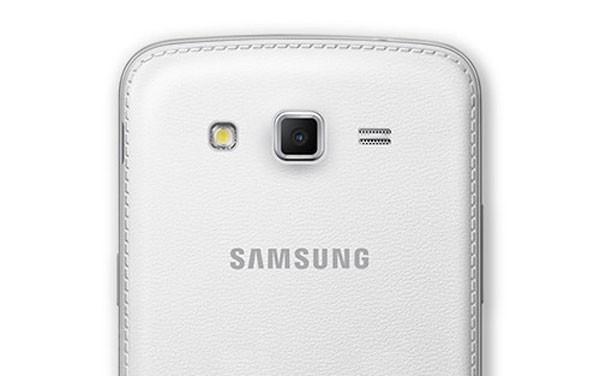 Samsung Galaxy Grand 2 1 600x376 کدام گوشیها بدنه چرمی دارند؟