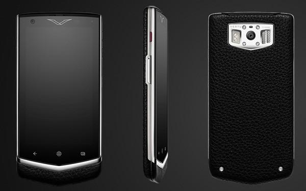 Vertu Constellation 600x375 کدام گوشیها بدنه چرمی دارند؟