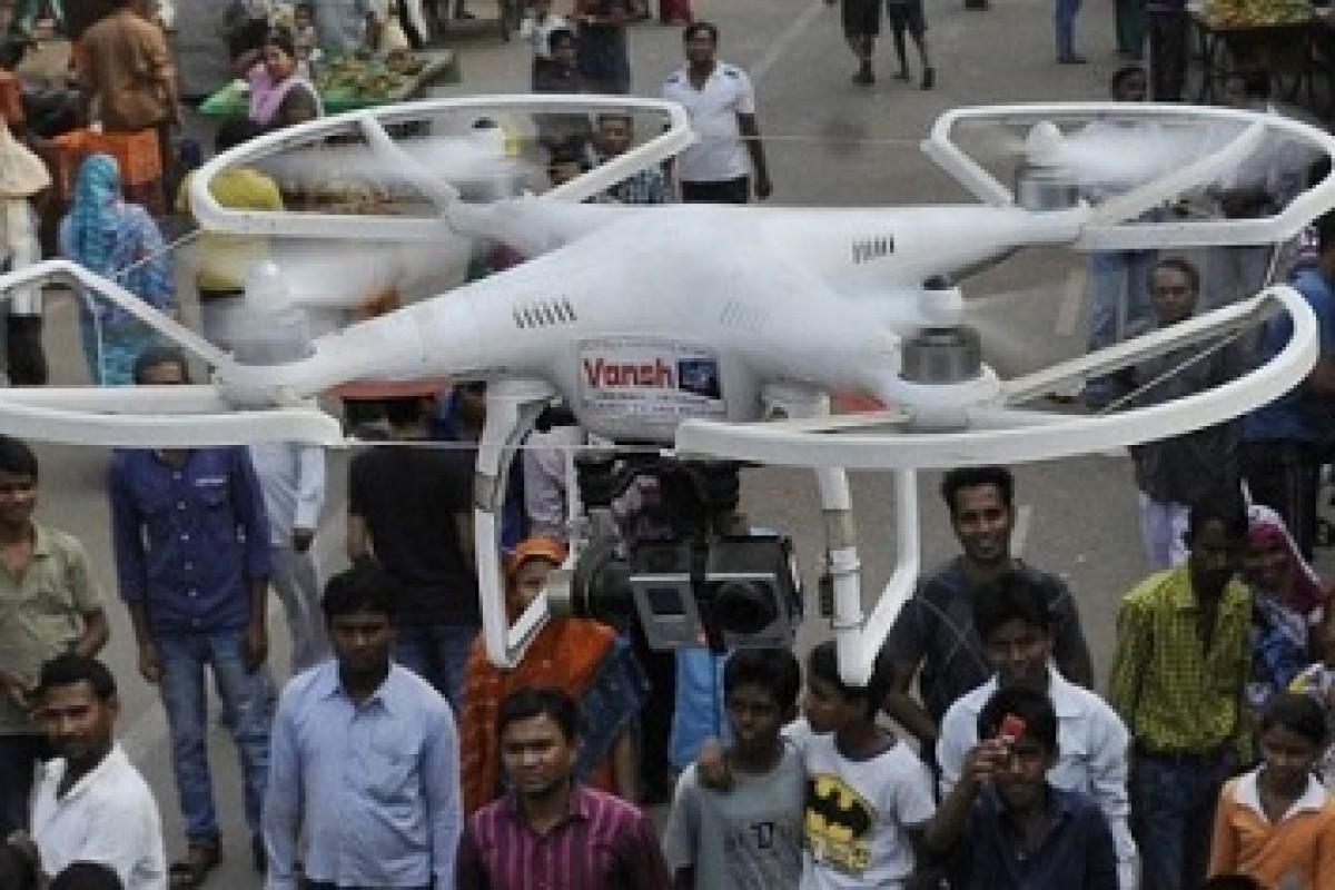 استفاده از پهپادهای حاوی اسپری فلفل، روشی تازه برای سرکوب معترضان در هند!