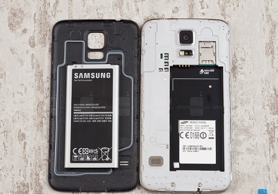 Bonus-On-microSD-cards-and-removable-batteries