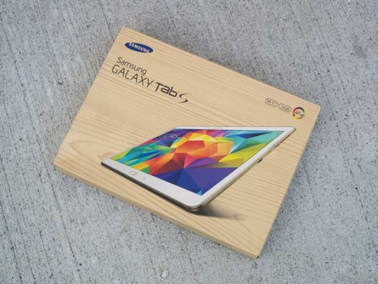 Samsung-Galaxy-Tab-S-10.5-Review-001-box