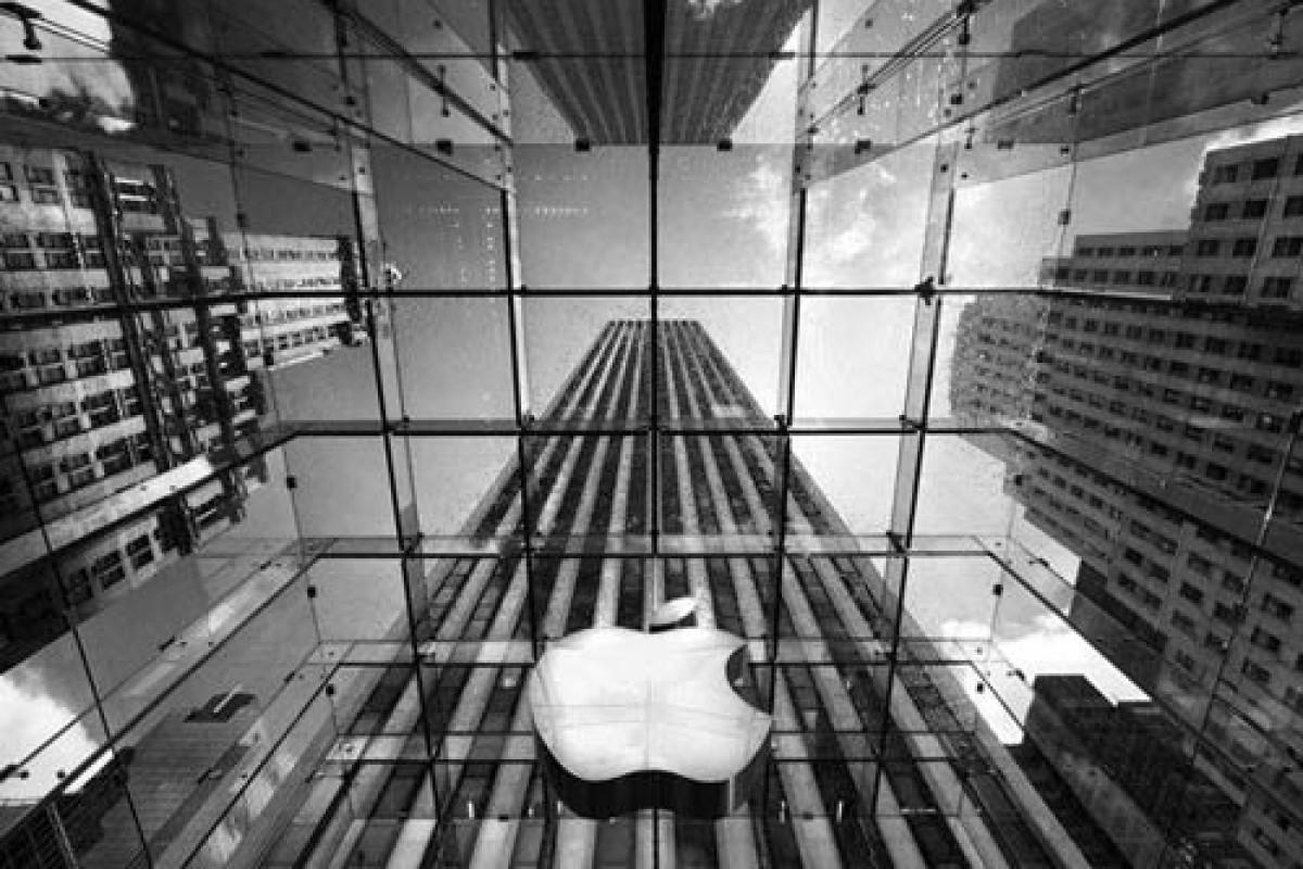 آیا اپل قصد خرید بلکبری را دارد؟