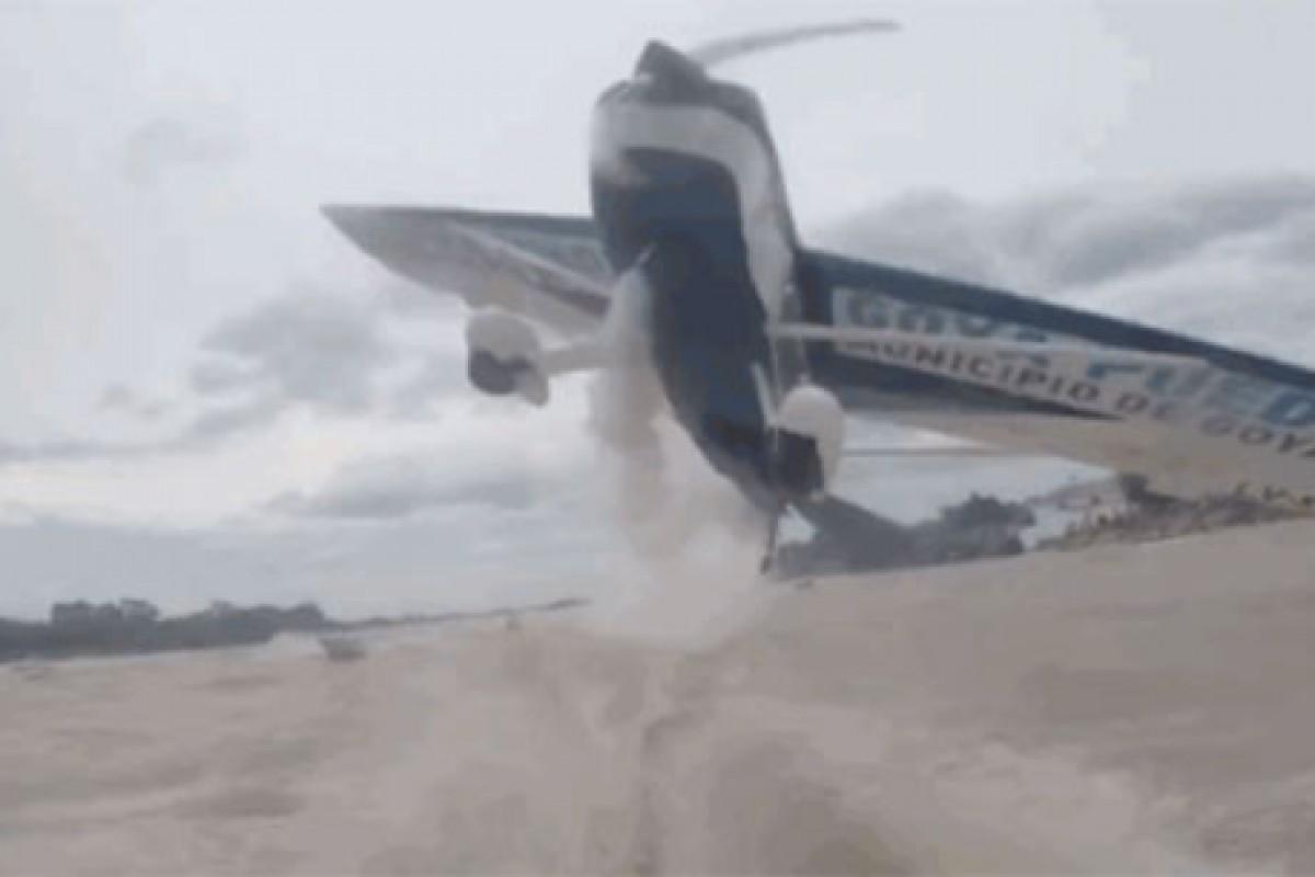 لحظهای دلهره آور از تصادم یک قایق ماهیگیری با هواپیما (به همراه ویدئو)