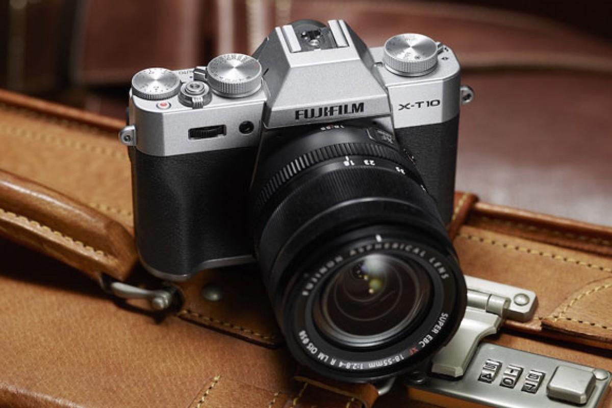 فوجی فیلم یک دوربین با لنز قابل تعویض معرفی کرد که X-T10 نامیده میشود!