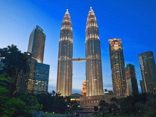 no-20-kuala-lumpur-malaysia-has-608-tall-buildings-in-243-square-kilometers
