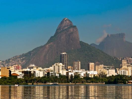 no-25-rio-de-janeiro-has-2595-tall-buildings-in-1182-square-kilometers