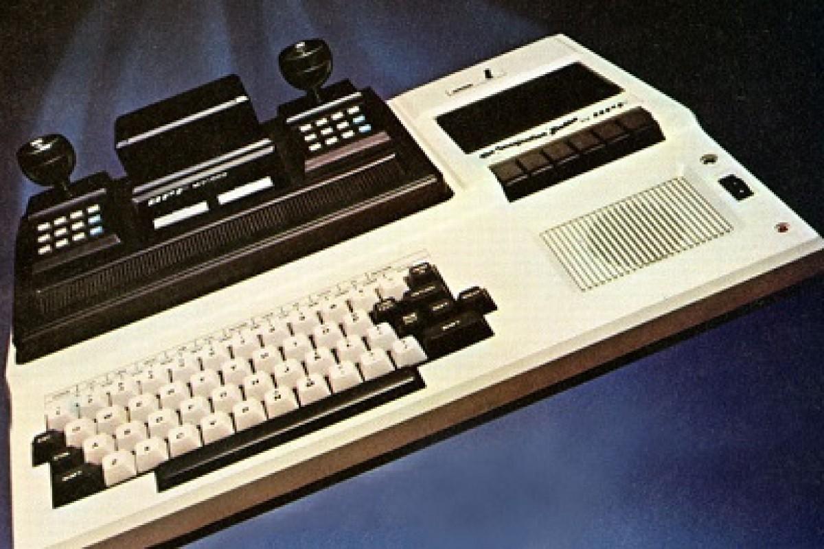 ۷ کامپیوتر قدیمی با ظاهری عجیب و غریب!