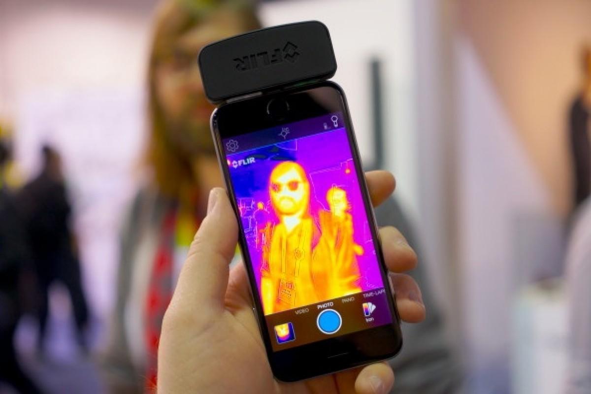 با دستگاه Flir One 2015 گرما را از طریق گوشی خود ببینید!