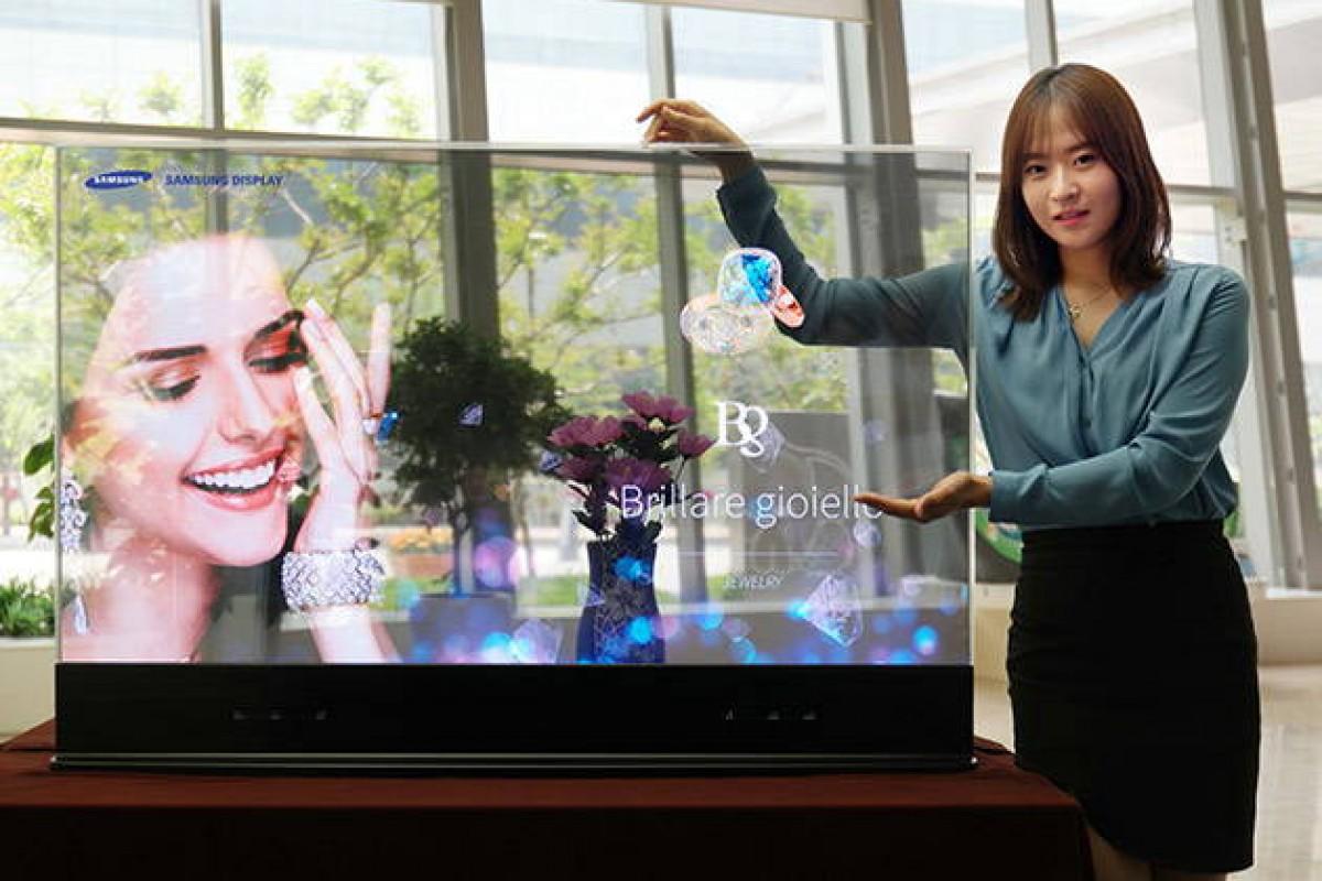 سامسونگ از صفحه نمایشهای OLED شفاف و آینهای خود رونمایی کرد
