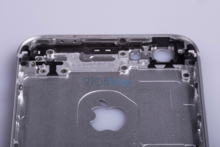 Images-showing-alleged-housing-for-the-Apple-iPhone-6s (5)