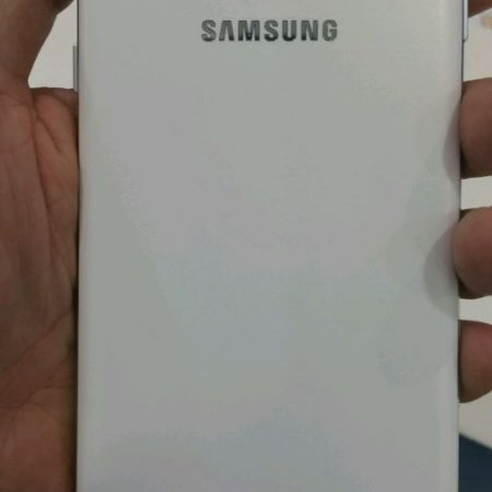 Samsung-Galaxy-A8-leaked-images (4) [800x600]