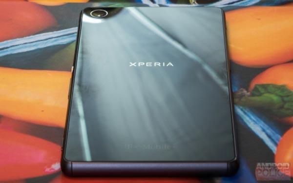 Sony-logo تصاویر واقعی منتشر شده از اکسپریا XZ3، استفاده از دوربین دوگانه را تایید میکنند