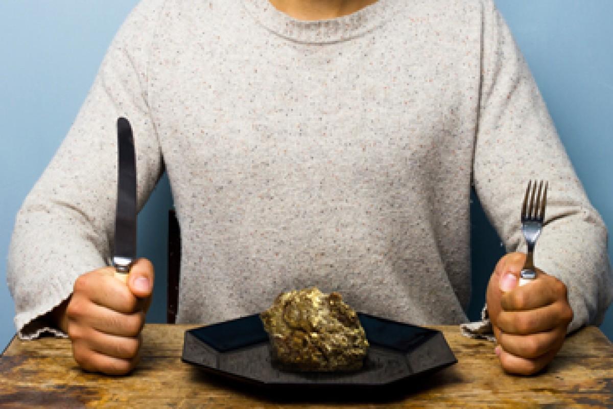 اگر ما اورانیوم بخوریم چه اتفاقی میافتد؟