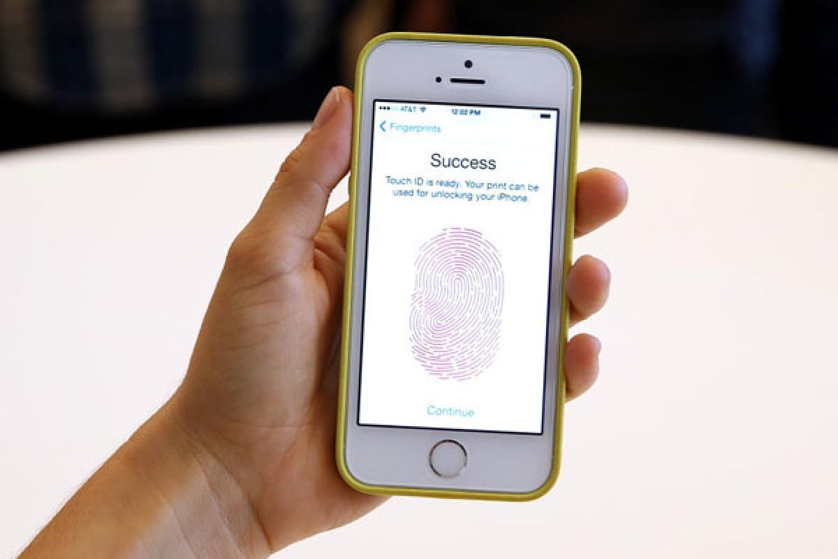 نسل جدید اسمارت فونها میتوانند از روی صفحه نمایش اثر انگشت شما را بخوانند!