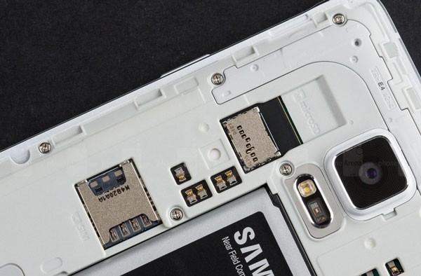 A-microSD-card-slot