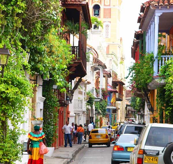 Cartagena-Colombia-palenquera-Jose-Balido