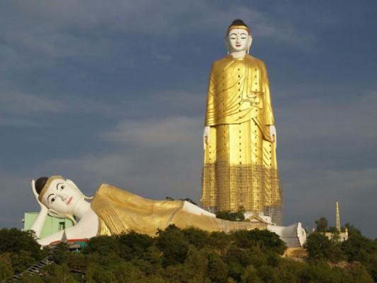 enormous statues (14)