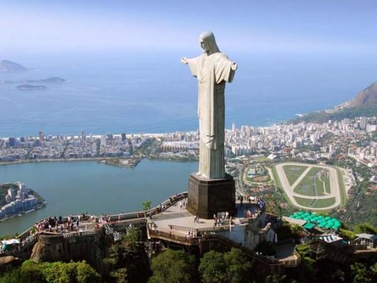 enormous statues (5)